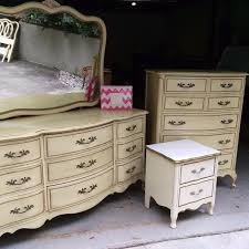 Find more Price Reduction Vintage 5 Pc French Provincial Bedroom