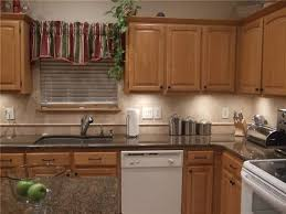 kitchens with white appliances and oak cabinets kitchen paint colors with oak cabinets and white appliances f86x for