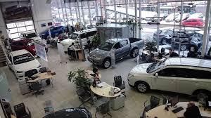 Секреты автобизнеса Как работает и зарабатывает менеджер по  Секреты автобизнеса Как работает и зарабатывает менеджер по продажам в автосалоне
