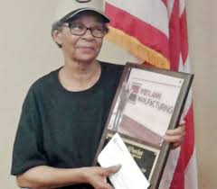 Worker thanked for 40 years of service at Woodlawn Manufacturing | Business  | marshallnewsmessenger.com