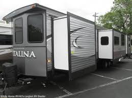 FR1649 2016 Coachmen Catalina 40TSHB TRIPLE SLIDE 2 BEDROOM for