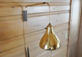 image of wall mounted light fixture
