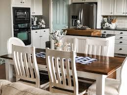 Classic Farmhouse Table In Black And White Kitchen For A Cute