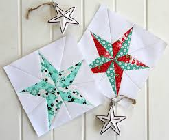 Threadbare Creations: Christmas Star- Free Quilt Block Pattern & Aren't ... Adamdwight.com