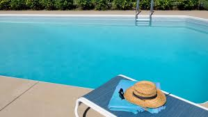 Pool Cleaning Maintenance Services