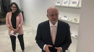 Eduardo Padrón Lends Support To First-Time Candidate In Competitive  Miami-Dade School Board Race | News Break