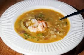 Pindasoep met Thaise groentes en garnalen - Gewoon wat een ...