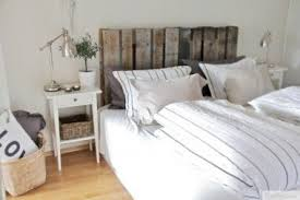 Just in time for Earth Day, here's a very green idea to implement in your  bedroom -- without sacrificing style. Nina created her own headboard with a  wooden ...