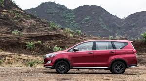 2018 toyota innova touring sport. modren 2018 it looks like the exclusive design bits on touring sport have done  trick with innova faithful so what do you get for 2018 toyota innova touring sport