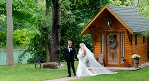 wele to niagara s only waterfront log wedding chapel