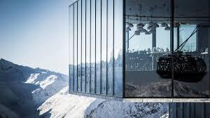 Ice-Q restaurant Copyright Rudi Wyhlidal