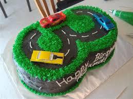 Kuvahaun tulos haulle 3 years birthday cake