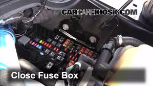 replace a fuse ford f super duty ford f  6 replace cover secure the cover and test component
