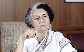 indira gandhi essay biography short note paragraph article indira gandhi