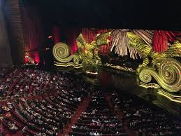Elton John Million Dollar Piano Seating Chart The Million Dollar Piano Picture Of Elton John The