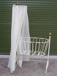 Antique Baby Cribs Antique Crib Designerstyle
