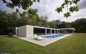 Small Picture Grand Designs kicks off new series with a very extravagant house