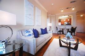e live in this vibrant valencia munity w o rush hour traffic all ground exterior insurance cable usage of recreation facility pool fitness