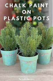 chalk paint on plastic pots an