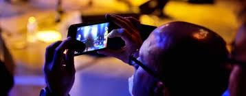 ini diperkenalkan sebagai fitur iphone 6s yang berarti semua iphone setelah itu termk fitur live photos iphone 7 dan 7 plus