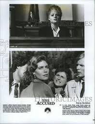 the accused movie still l to r jodie foster kelly  1988 press photo jodie foster and kelly mcgillis in the film the accused
