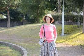 春気分を満喫*大人っぽさを忘れない「ピンクカラー」の着こなしレッスン | キナリノ