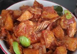 Dengan menambahkan tomat sebagai bahannya, bunda dapat merasakan sambal segar yang bikin ketagihan. Resep Sambal Kentang Bun Resep Sambal Goreng Hati Masakan Praktis Semarakkan