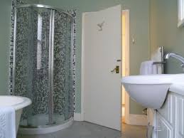 Enjoyable Corner Curved Walk In Shower With Pedestal Sink As Well As White  Tubs As Decorate Modern Grey Bathrooms Decors Tips