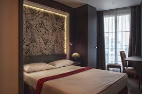 Hotel Edgar Quinet Central Hotel Paris France Bookingcom