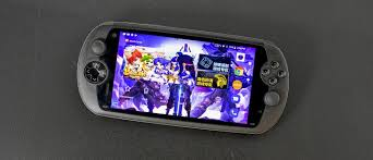 <b>MOQI i7s</b> Android game console review - GSMArena.com tests
