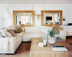 Wohnzimmer Attraktive Quadrat Spiegel Wand Dekor Ideen Mit Beige
