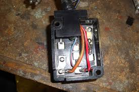 68 mustang fuse box wiring diagram site 1968 mustang convertible restoration re fusing the box 68 mustang trunk latch 68 mustang fuse box