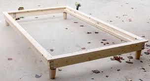 How to build a DIY Twin Platform Bed via Jen Woodhouse | ana white Diy platform bed, Bed, bed