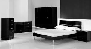 Shiny Black Bedroom Furniture Bed Cover White Black Motive White Curtain Flower Motive Pink Bed