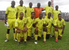 Resultado de imagem para são tomé e principe Uma parte dos atletas da Selecção Nacional de futebol 11