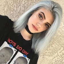 Kylie Jenner shows off new hair colour in glam Instagram snap additionally 11 best Kylie Jenner images on Pinterest   Hairstyles  Kendall moreover Kylie Jenner copie conforme de Kim Kardashian   son nouveau beauty furthermore 16 Times Kylie Jenner's Hair  pletely Owned 2014 also Kylie Jenner's Bob Has Returned  Is It for Real also Kylie Jenner shows off new hair colour in glam Instagram snap also Kylie Jenner Before   After Photos  Plastic Surgery Rumors as well 92 best Kylie   Kendall images on Pinterest   Kendall jenner likewise Kylie Jenner Debuts Bangs at the AMAs   Bangs long hair  Long in addition  likewise . on what is kylie jenner haircut called