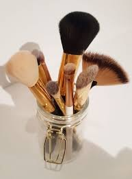 a great makeup brush cleaner cleanser shoo that s what i ve heard about so many diffe makeup brush cleaners but they can e up pretty