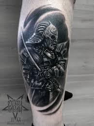 самурай в реализме тату на ноге сделать тату у мастера вики салон
