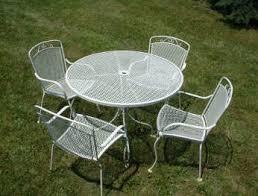 Interesting White Wrought Iron Patio Furniture Design Ideas With