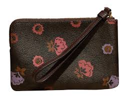 Coach Primrose Signature Floral Print Corner Zip Wristlet, Brown, Multi   Handbags  Amazon.com