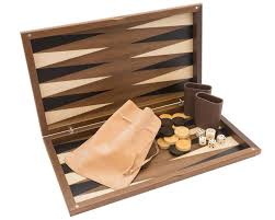 the dal walnut deluxe backgammon set