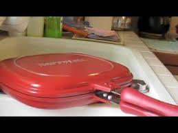 Cuci bersih daging ayam dengan air, kemudian beri perasan cara 2. Cara Memanggang Ayam Menggunakan Happy Call