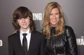 Chandler Riggs Gina Ann Riggs Pictures, Photos & Images - Zimbio