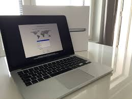 Apple MacBook Pro 13-inch 256GB (Space Grey)