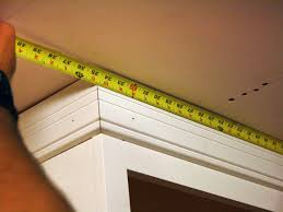 Kitchen Crown Molding How To Install Kitchen Cabinet Crown Molding How Tos Diy