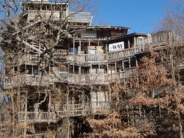 The World\u0027s Largest Treehouse In Crossville, Tennessee - Business ...