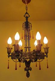 1920s high quality chandelier just wow