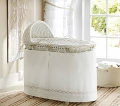 White Wicker Baby Nursery Bassinet With Bedding - Bassinet Furniture ...