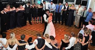 Popular Last Dance Songs For A Wedding Reception