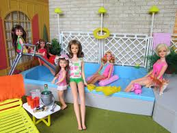 Pool Party in the Backyard of Barbie's 1963 Dream House (This Barbie pool  set is